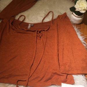 Orange shoulder off top